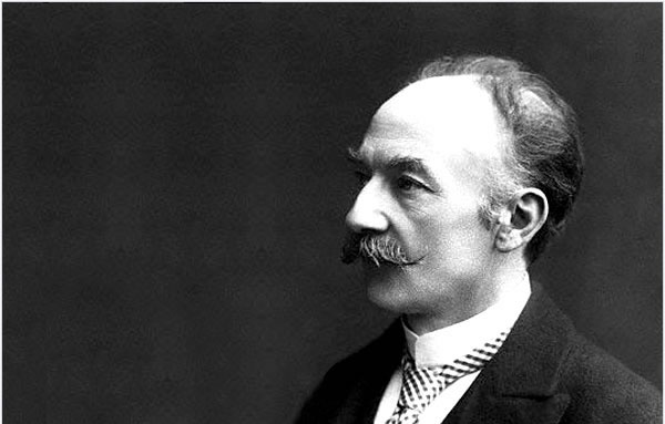 thomas hardy as a war poet Attitudes, themes and ideas there is a strong anti-war message in the poem the fact that neither the speaker nor the man who has been killed is named gives it a.